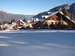 RESIDENCE CLUB RESORT NEVESOLE *** FOLGARIDA - VAL DI SOLE - SEZON